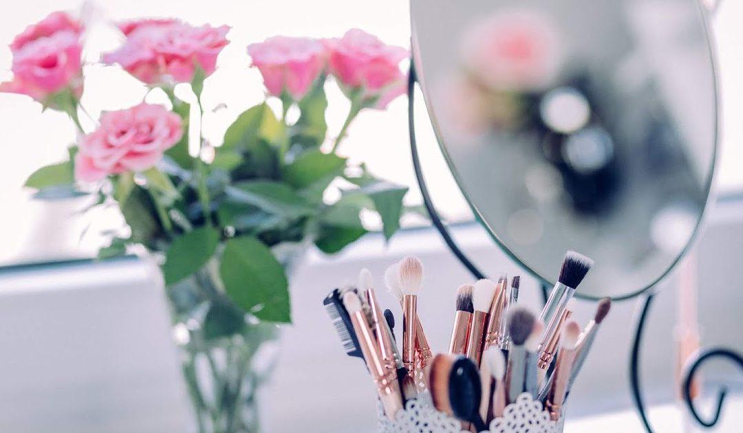 Come creare un angolo make up